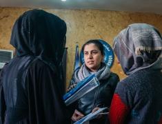 9 Jours à Raqqa film vignette Une petite