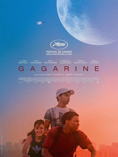 Gagarine film affiche réalisé par Fanny Liatard et Jérémy Trouilh